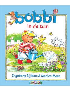 Kluitman Bobbi in de tuin