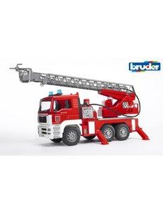 MAN brandweer met draailadder licht en geluid