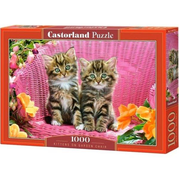 Castorland Kittens on garden chair