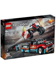 LEGO Truck en motor voor stuntshow - 42106