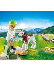 Playmobil 70252 - Dierenarts met kalf