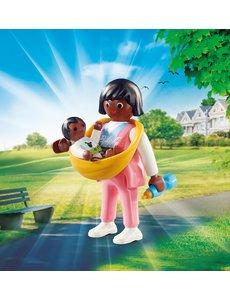 Playmobil 70563 - Mama met draagzak