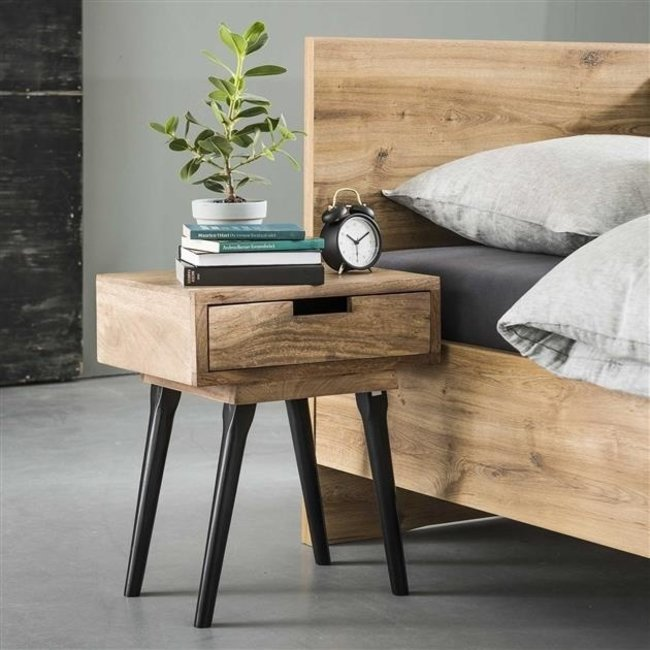 Dimehouse Kobi Table De Chevet Industrielle Bois 56 x 48 cm