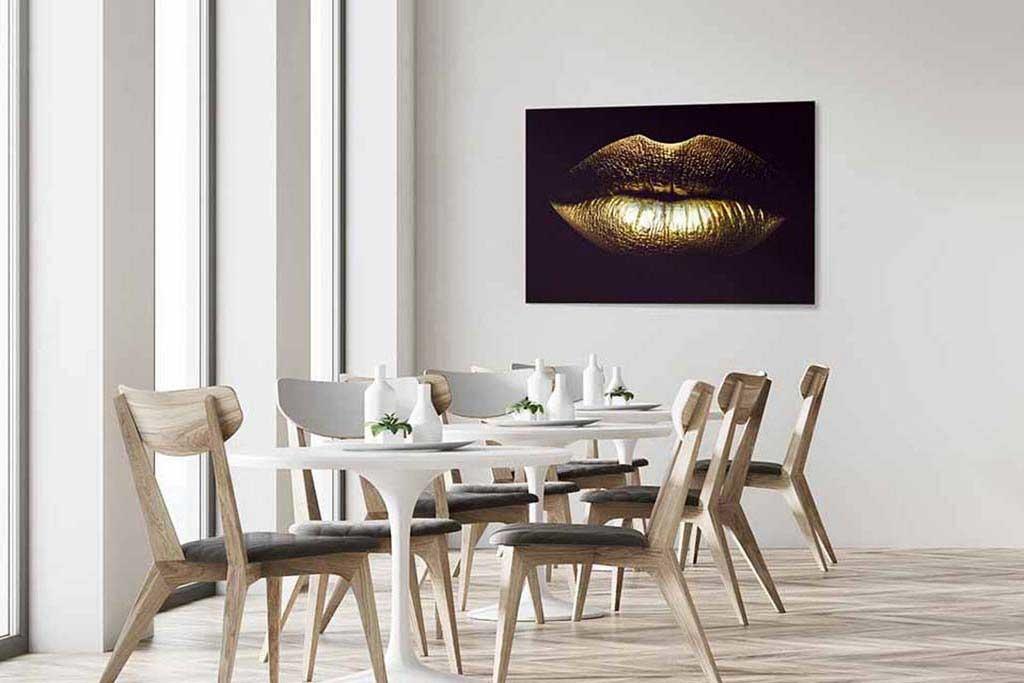Golden lips-4