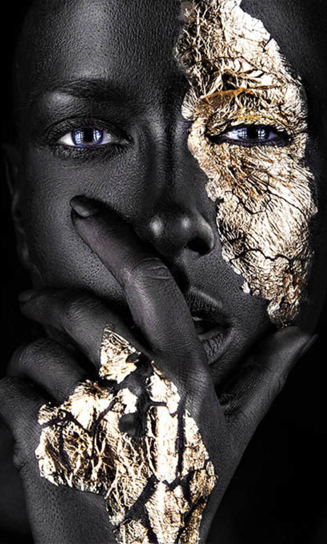 Noir goldest