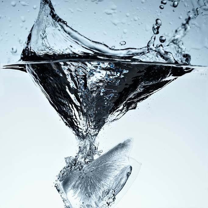 Ice cube splashing water-1