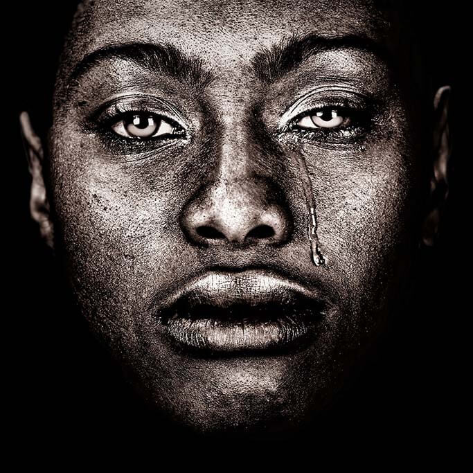 Afro woman tears-1