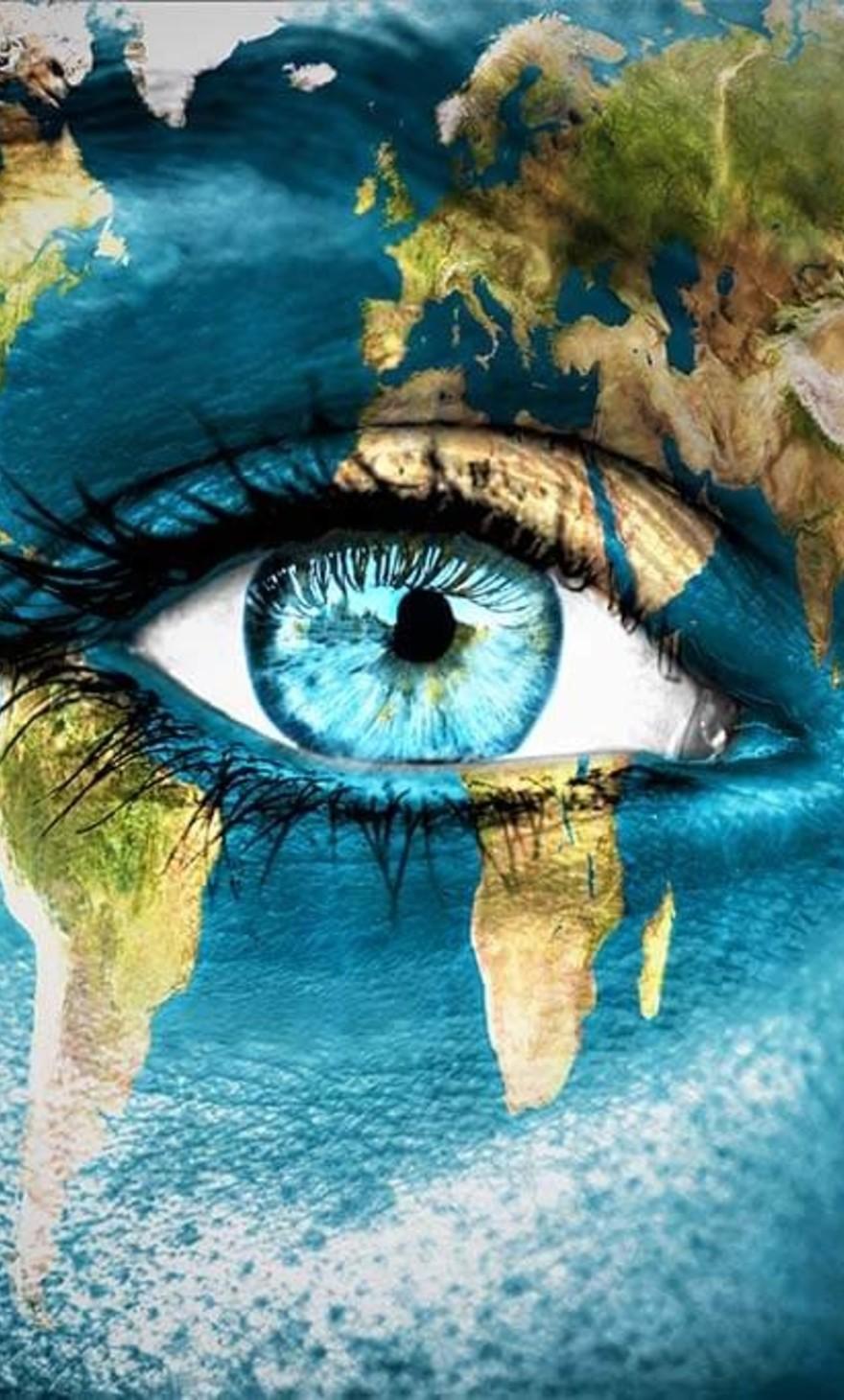 Les yeux bleus