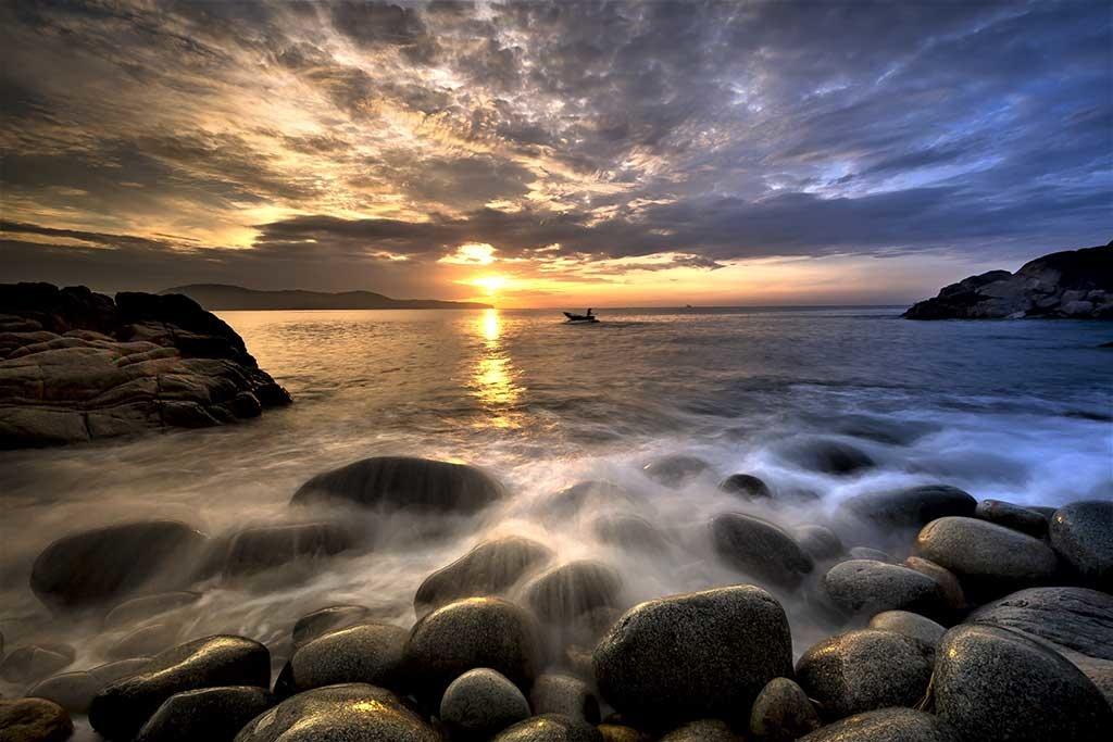 Beach gravel-1