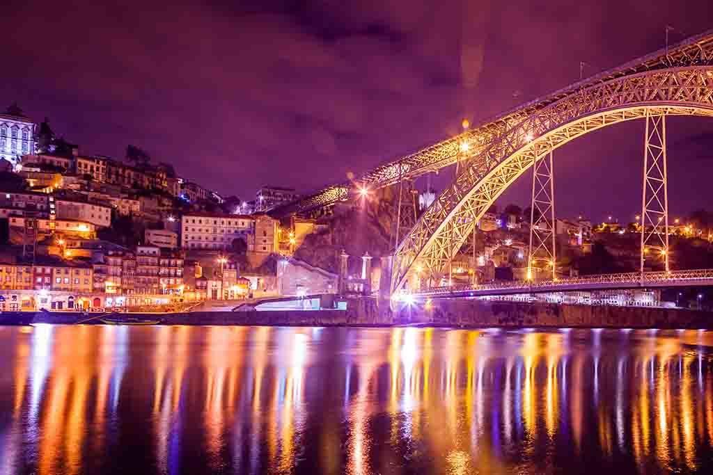 Porto by night-1