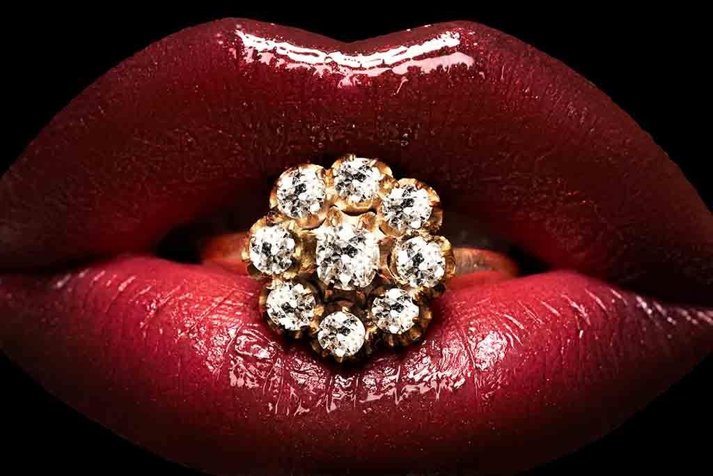 Brilliant Lips-1