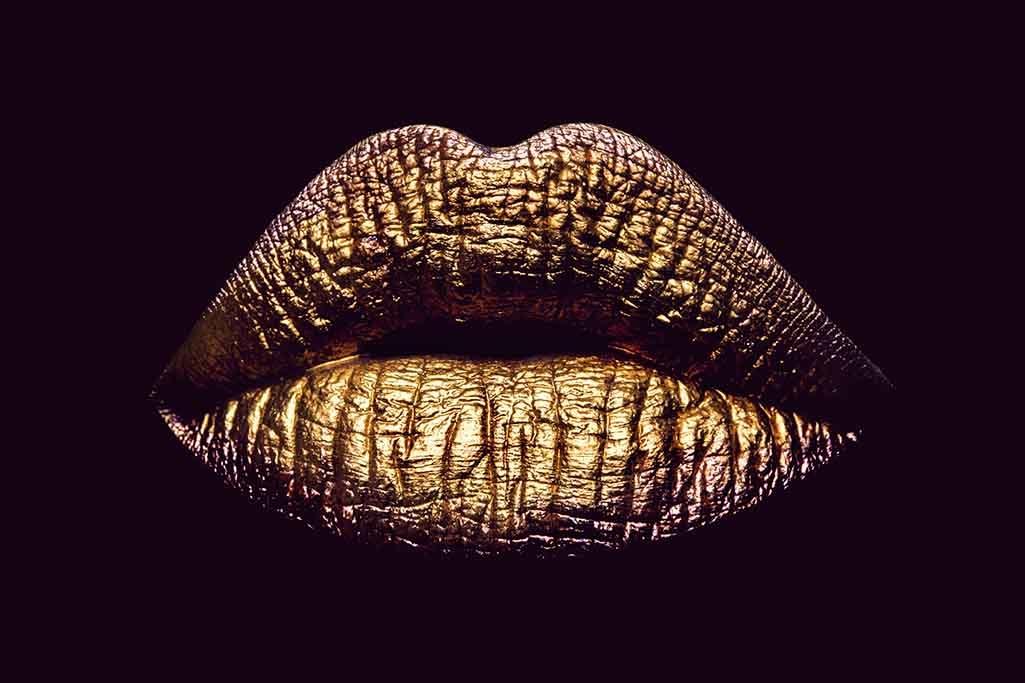 Purple lips-1