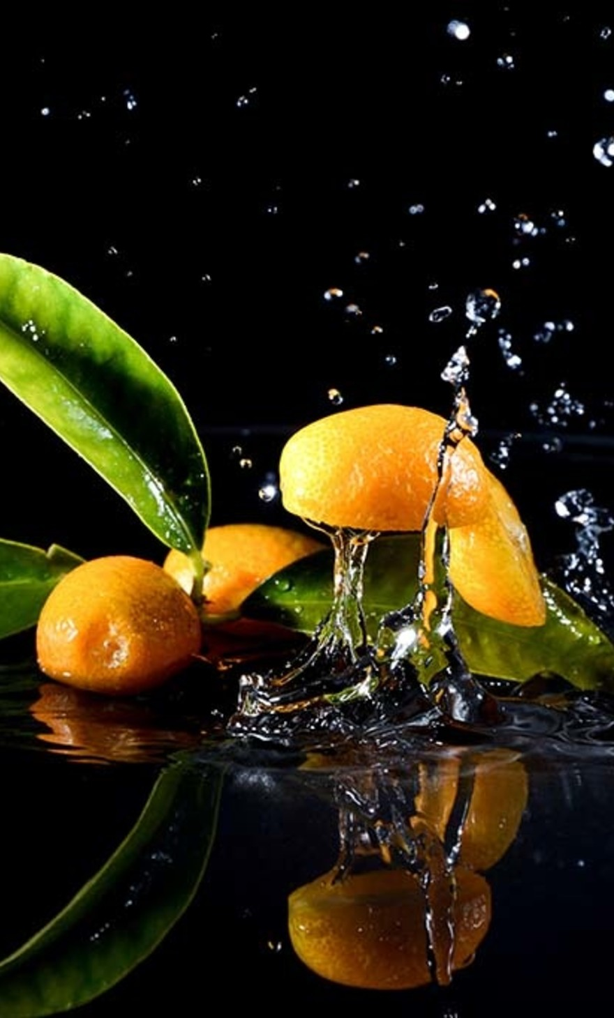 Splashing Clementines