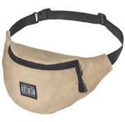 Globe De Globe Richmond is een moderne heuptas van 100% katoen. Deze tas is gemaakt van robuust en waterresistent materiaal. De tas heeft een verstelbare heupgordel met clipsluiting. Het ruime hoofdcompartiment is makkelijk af te sluiten door middel van een rit