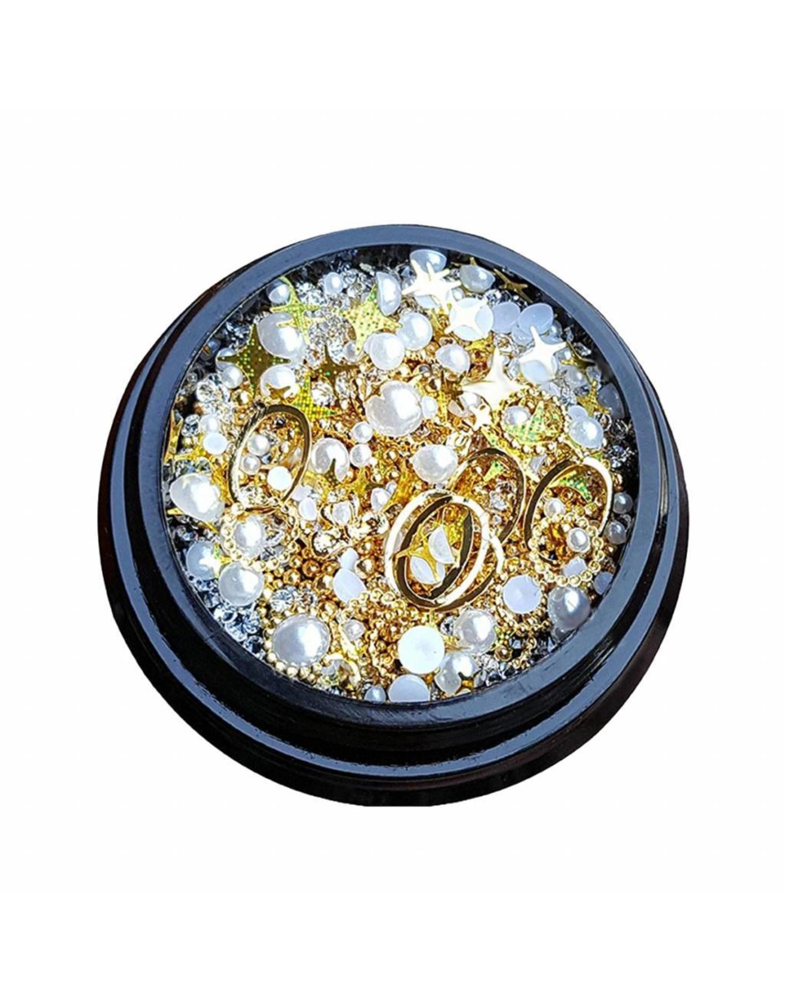 Merkloos 3D Mix of luxurious jewelry  (03)