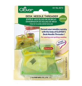 Clover Desk Needle Threader - Groen