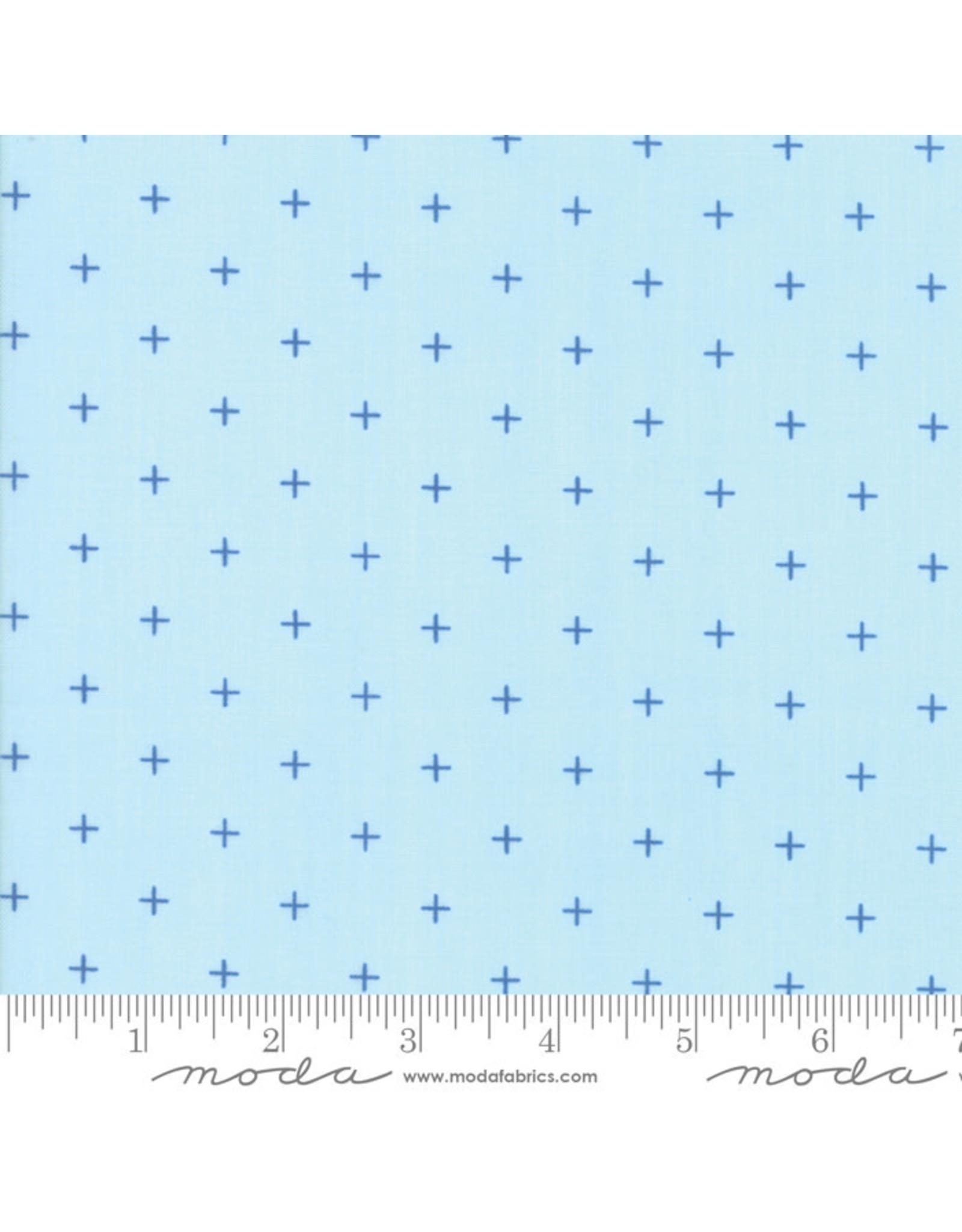 Moda Breeze - Pluses Light Blue coupon (± 37 x 110 cm)