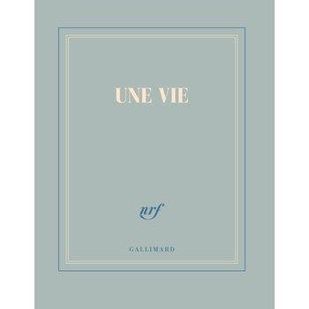 """GALLIMARD Carnet carré bleu gris ligné """"UNE VIE"""""""