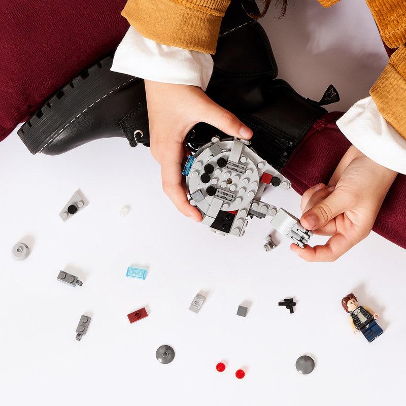 LEGO 75295 Microfighter Faucon Millenium™