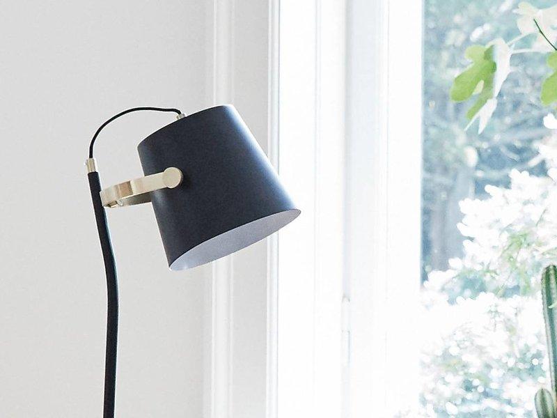 Hubsch Vloerlamp zwart messing 25x36xh140cm