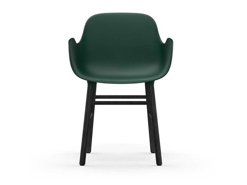 Normann Copenhagen Form Armchair stoel zwart groen