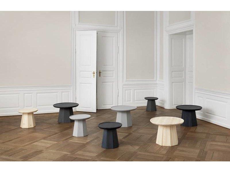Normann Copenhagen Pine Large table dark blue