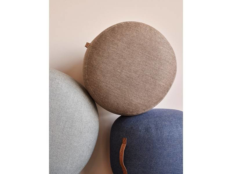 Hubsch Pouf brun ull med läderhandtag