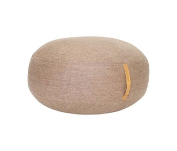 Hubsch Puf de lana marrón con asa de cuero.