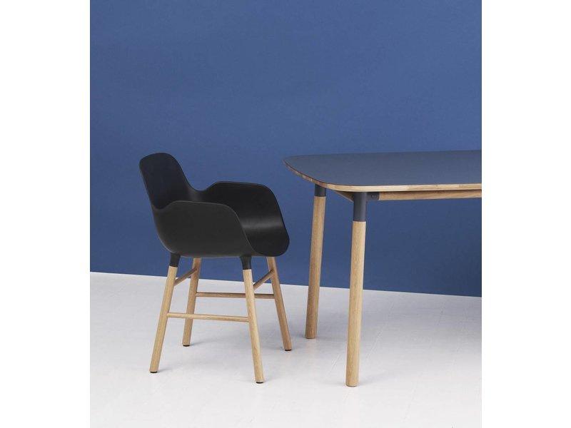 Normann Copenhagen Form Armchair stoel eiken groen