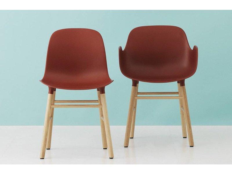 Normann Copenhagen Form Armchair stoel eiken rood