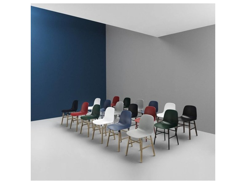 Normann Copenhagen Form Chair stoel staal rood
