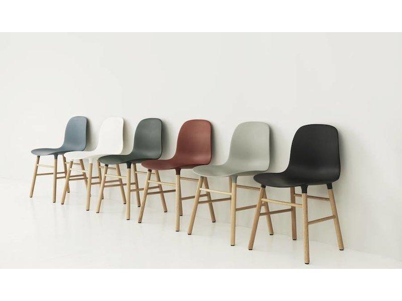 Normann Copenhagen Form Chair eiken stoel groen