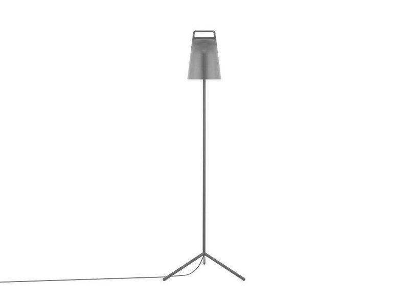 Normann Copenhagen Stage vloerlamp grijs