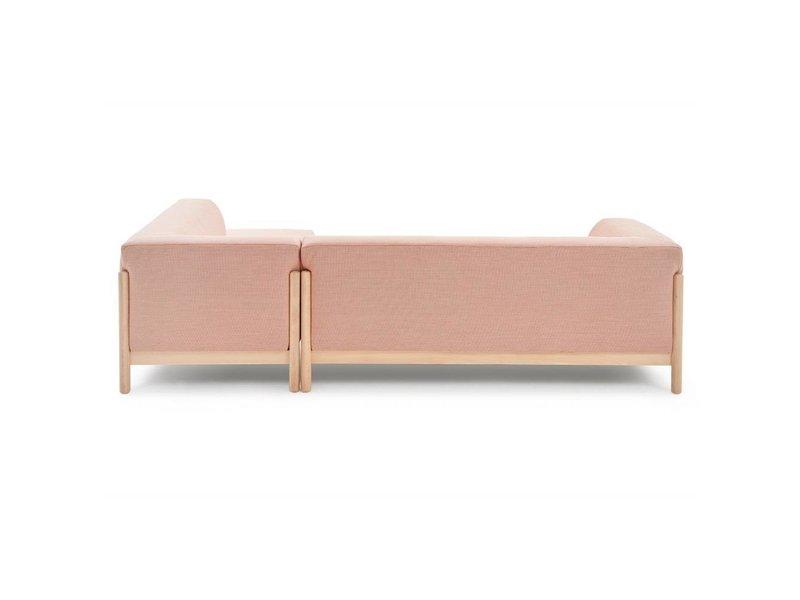FEST Amsterdam Kate bank met lounge Kvadrat Steelcut Trio 515 roze stof