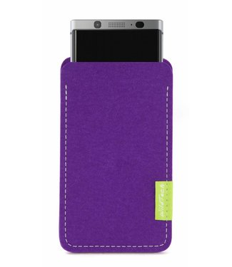 BlackBerry Sleeve Lila