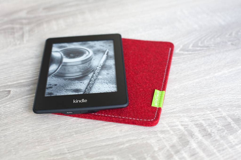 Kindle Sleeve Kirschrot-4
