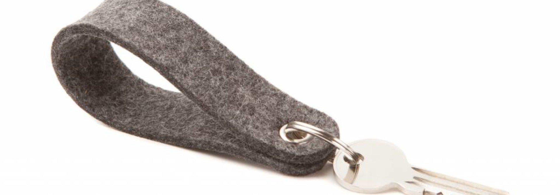 Schlüsselanhänger Grey round