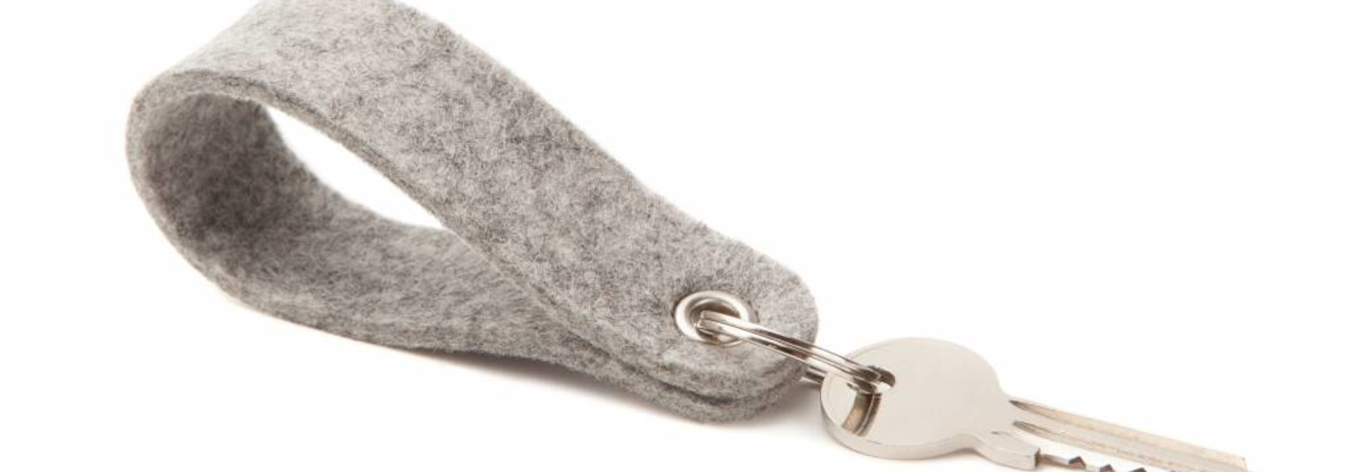 Keychain Light-Grey round