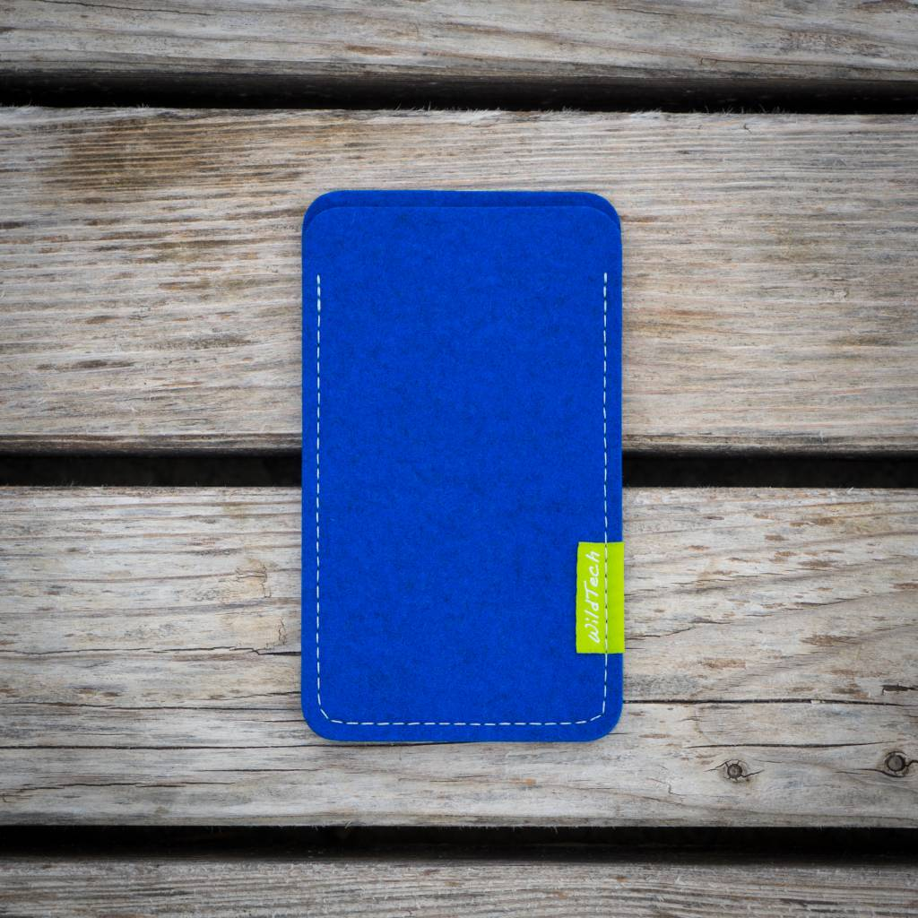 iPhone Sleeve Azure-2