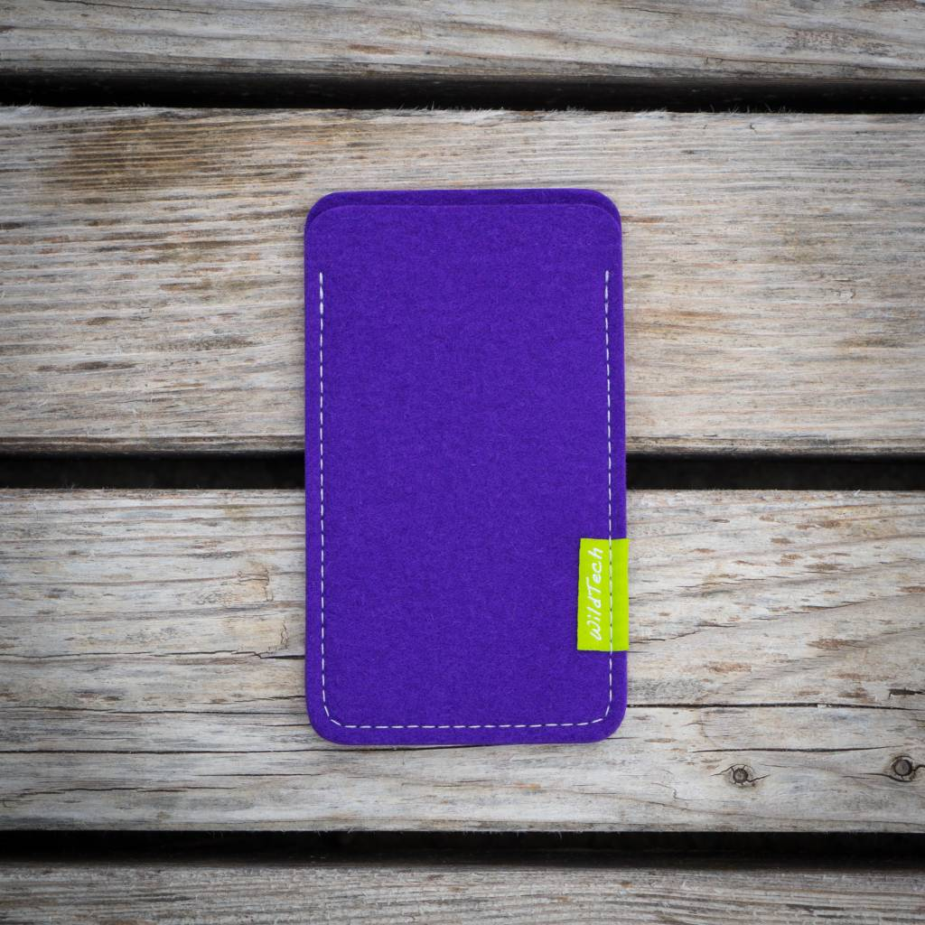 iPhone Sleeve Purple-2