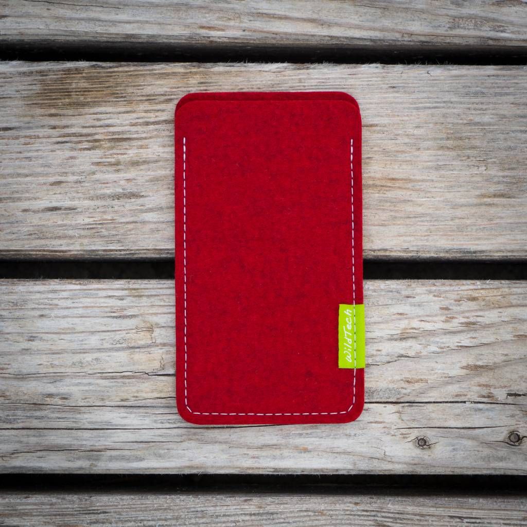 iPhone Sleeve Kirschrot-2