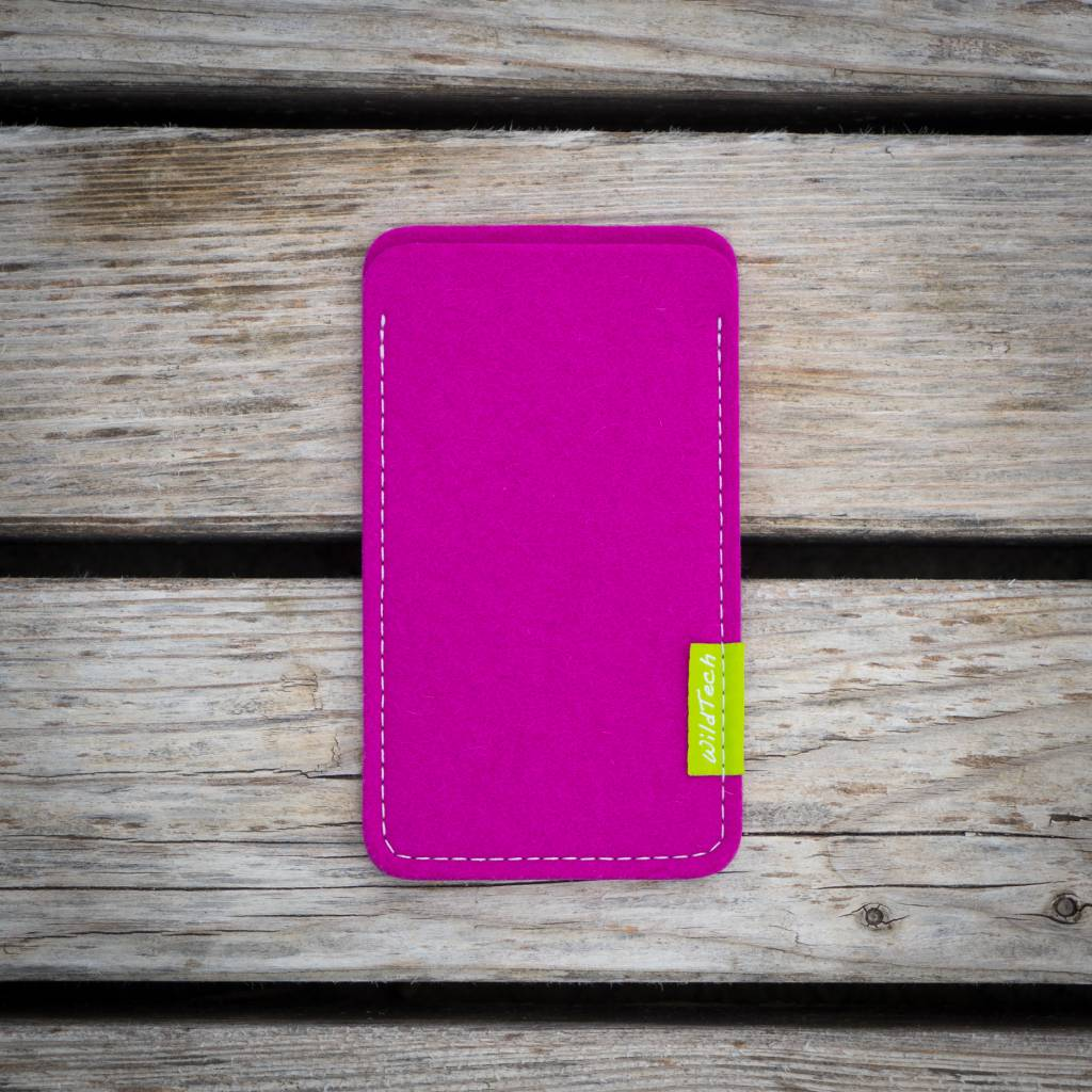 iPhone Sleeve Pink-2
