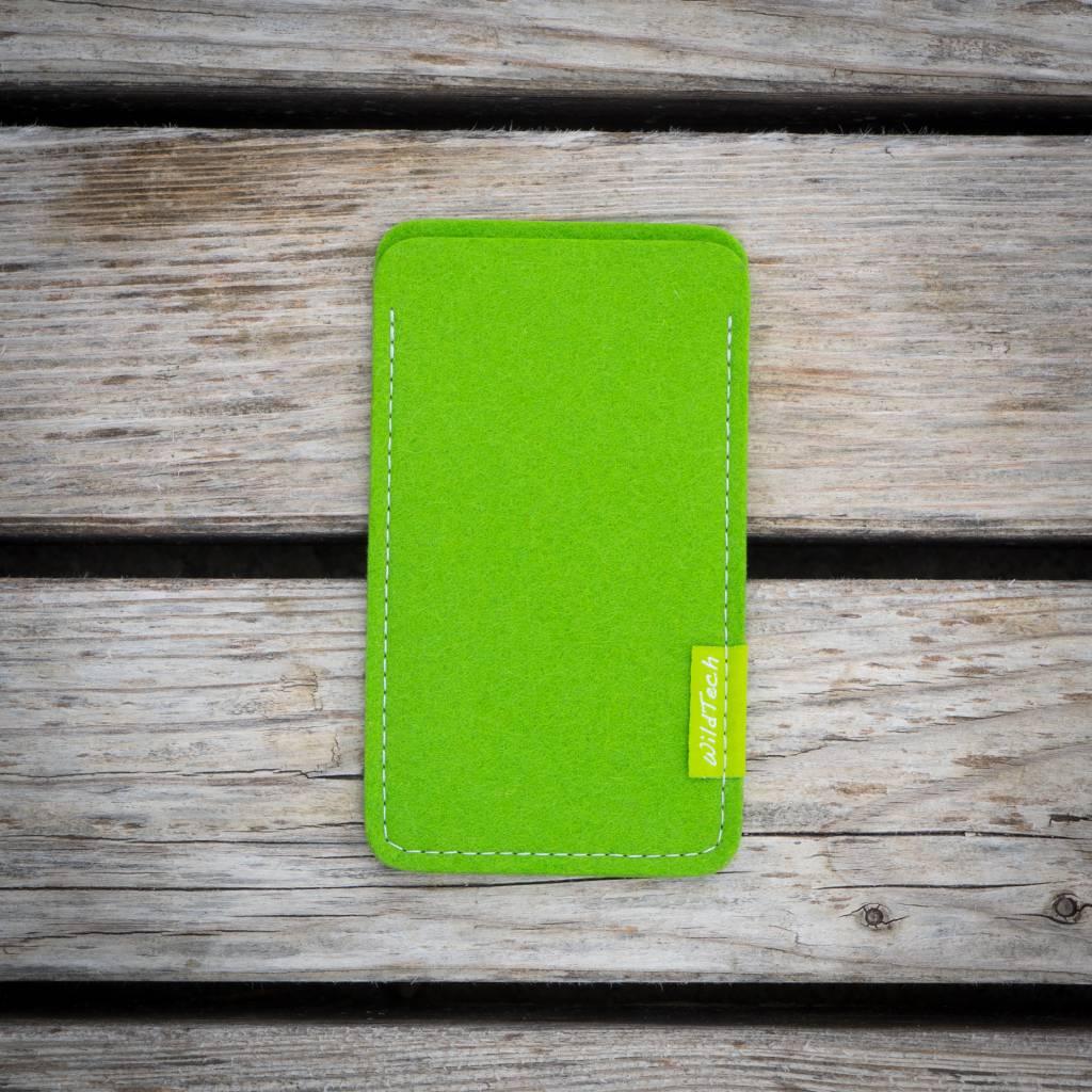 iPhone Sleeve Maigrün-2