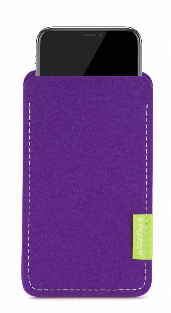 iPhone Sleeve Purple-1