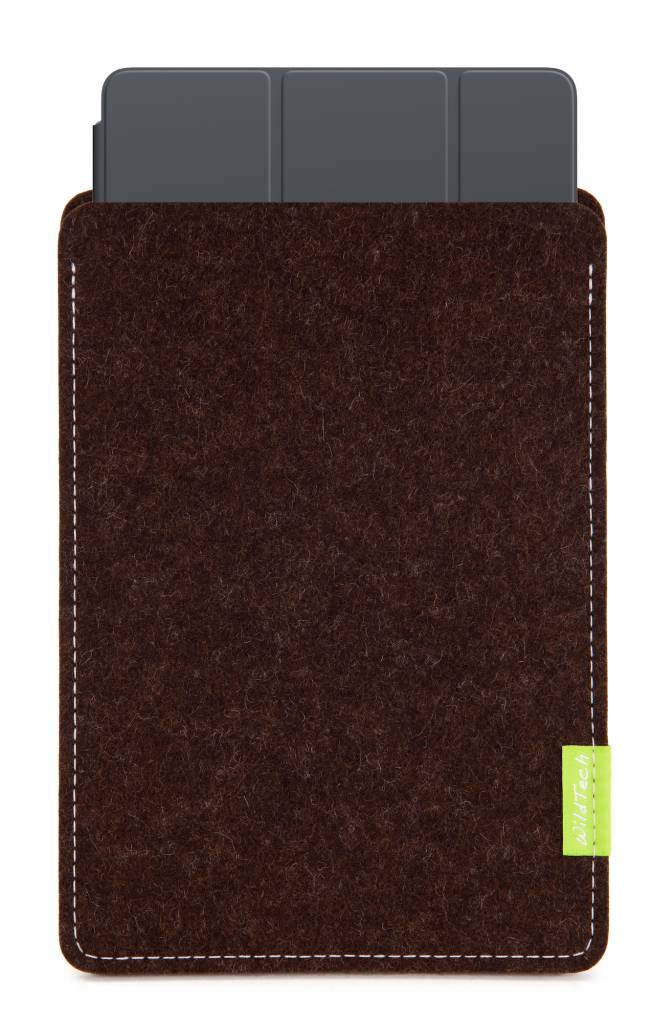 iPad Sleeve Truffle-Brown-3