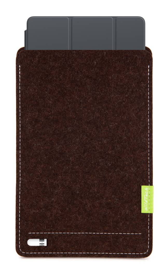 iPad Sleeve Truffle-Brown-5
