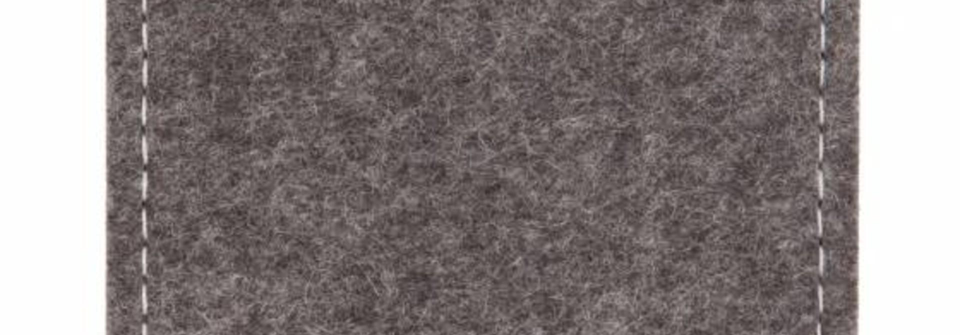 Pixel Sleeve Grey