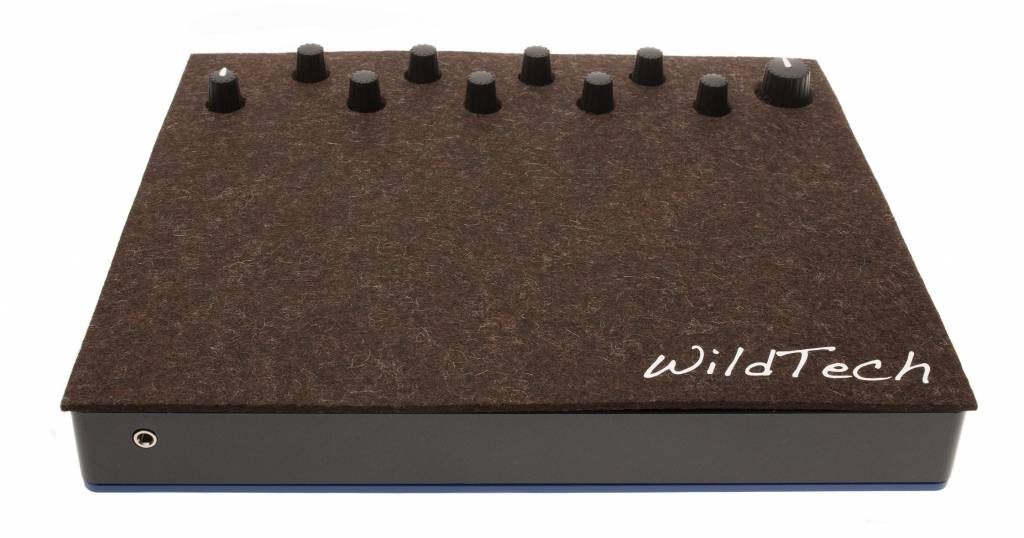Circuit DeckCover Truffle-Brown-1