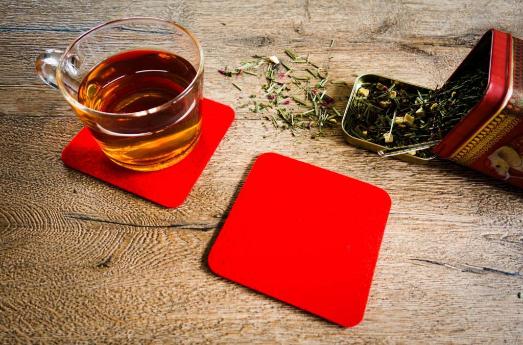 Bright-Red felt coaster-2