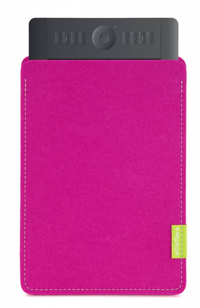 Intuos Sleeve Pink-1
